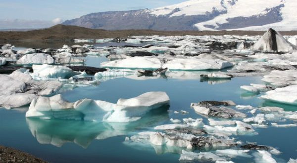 Climate Scientists Gasp as Glaciers Grow
